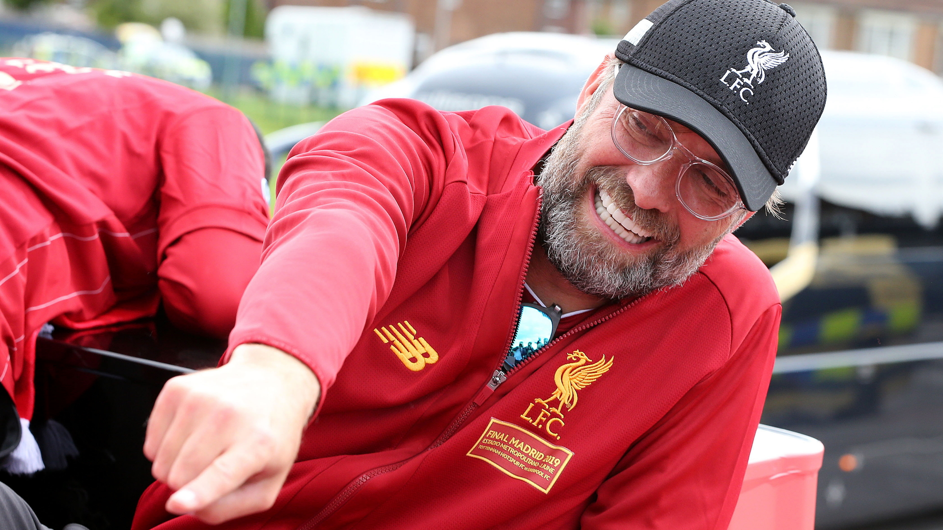 Klopp: I wasn't drunk on Liverpool's trophy parade – Alisson drank all my beers!