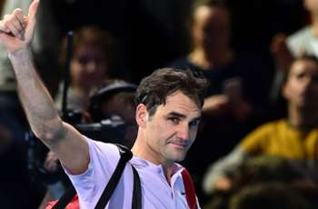Federer congratulates Basel after stunning win over Man Utd