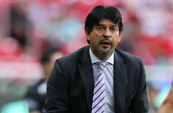 e908b664a Chivas-Cardozo relationship off to rocky start after another home loss