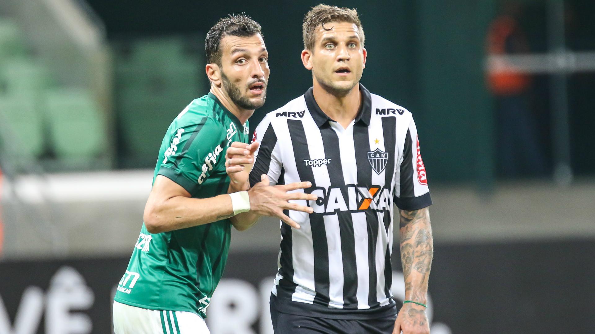 Edu Dracena Rafael Moura Palmeiras Atlético-MG Campeonato Brasileiro 04062017