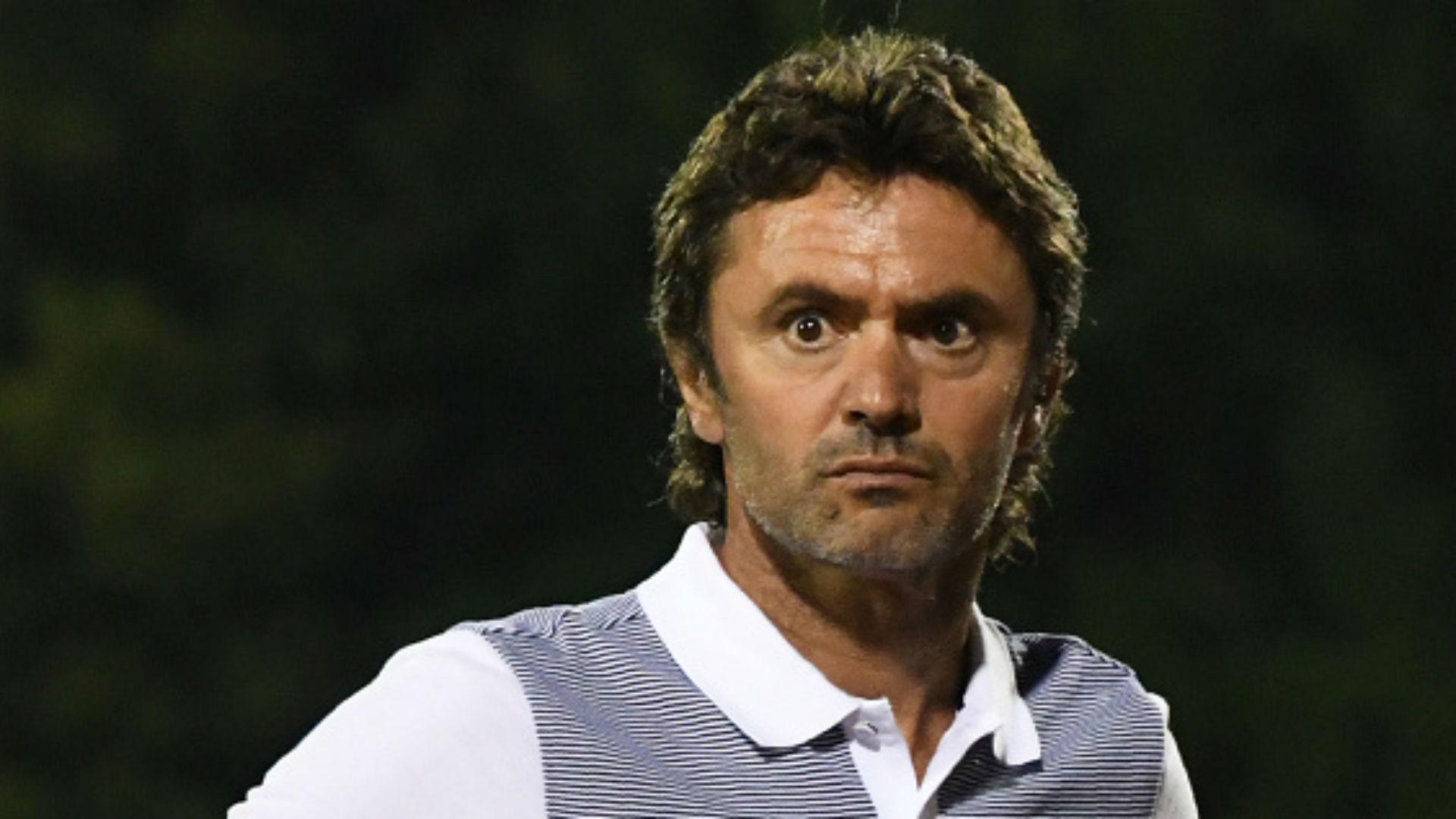La France s'impose face au Cameroun (3-1) — Espoirs
