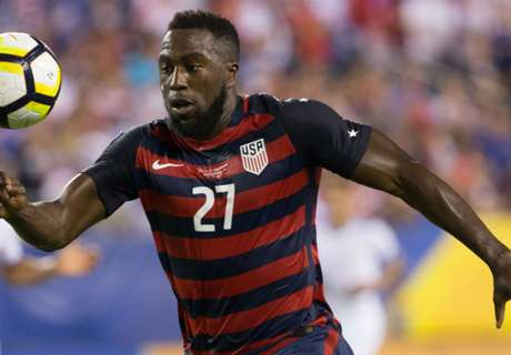 Jozy's girl: Only I can grab your nipples!