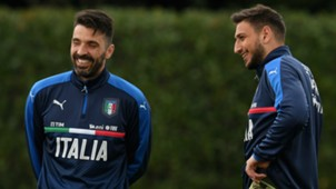 Italy training Buffon Donnarumma