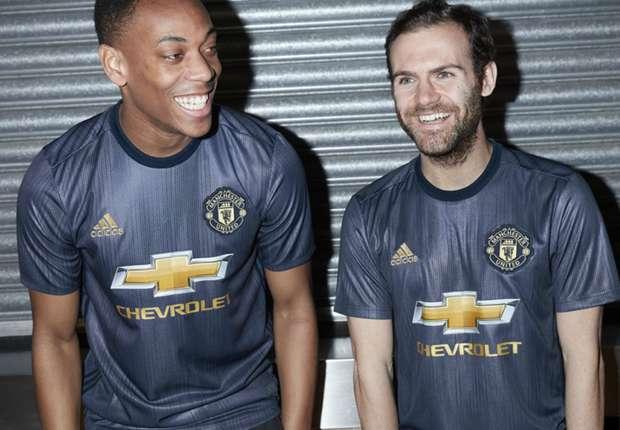 Man Utd unveil retro 2018-19 third kit - Goal.com ba486170a
