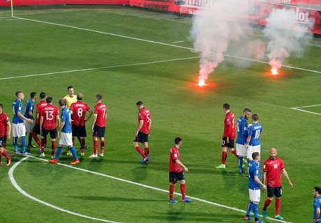 Italy-Albania match stopped for fireworks