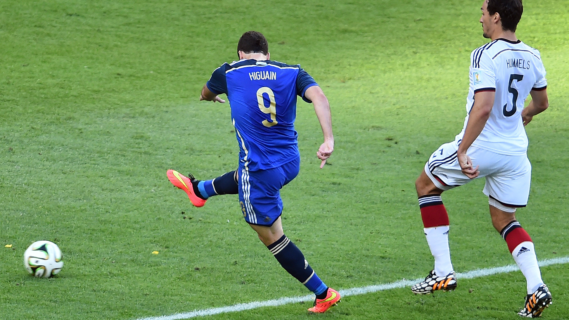 Gonzalo Higuain Argentina Germany World Cup final