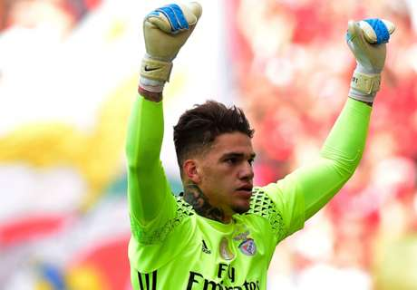 Man City close in on Ederson