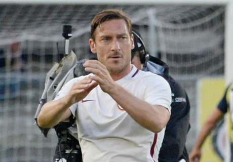 Beckham 'almost joined Roma for Totti'