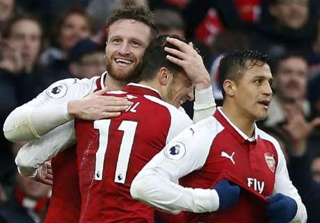 Mustafi & Alexis goals see off Spurs