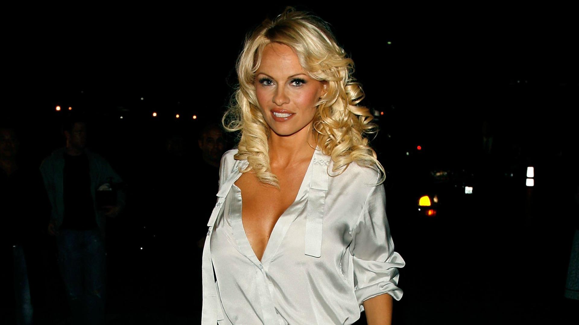 L'ex Milan Rami diventa baywatch: ora sta con Pamela Anderson!