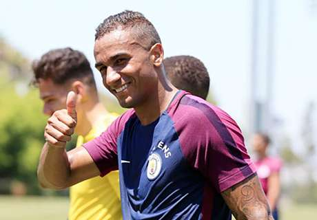 Danilo Tolak Chelsea Demi Man City