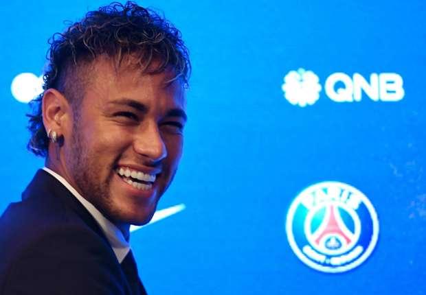 Uang bukan alasan Neymar hijrah ke PSG.
