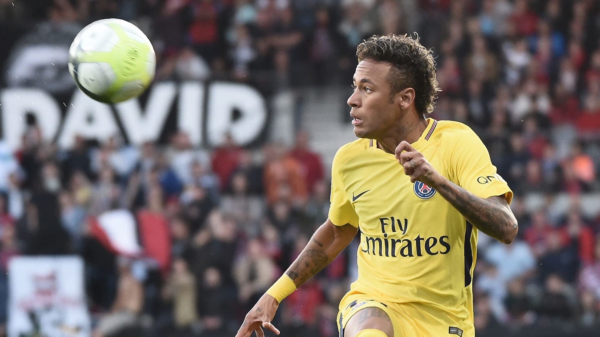 Neymar Scores on PSG Debut vs. Guingamp