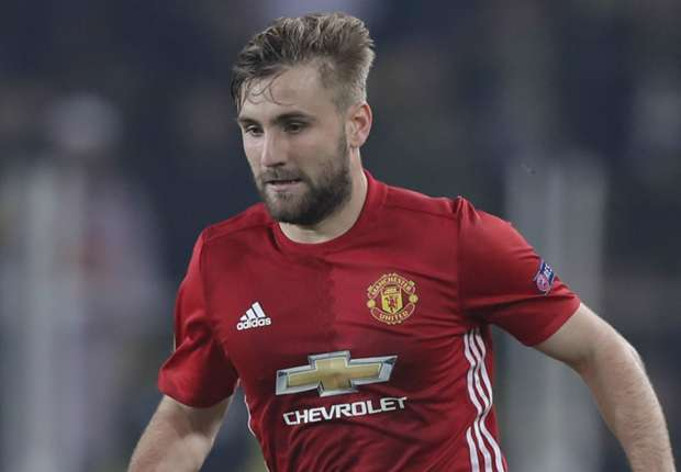 Mourinho snubs Shaw again as he confirms he won't play against Saint-Etienne