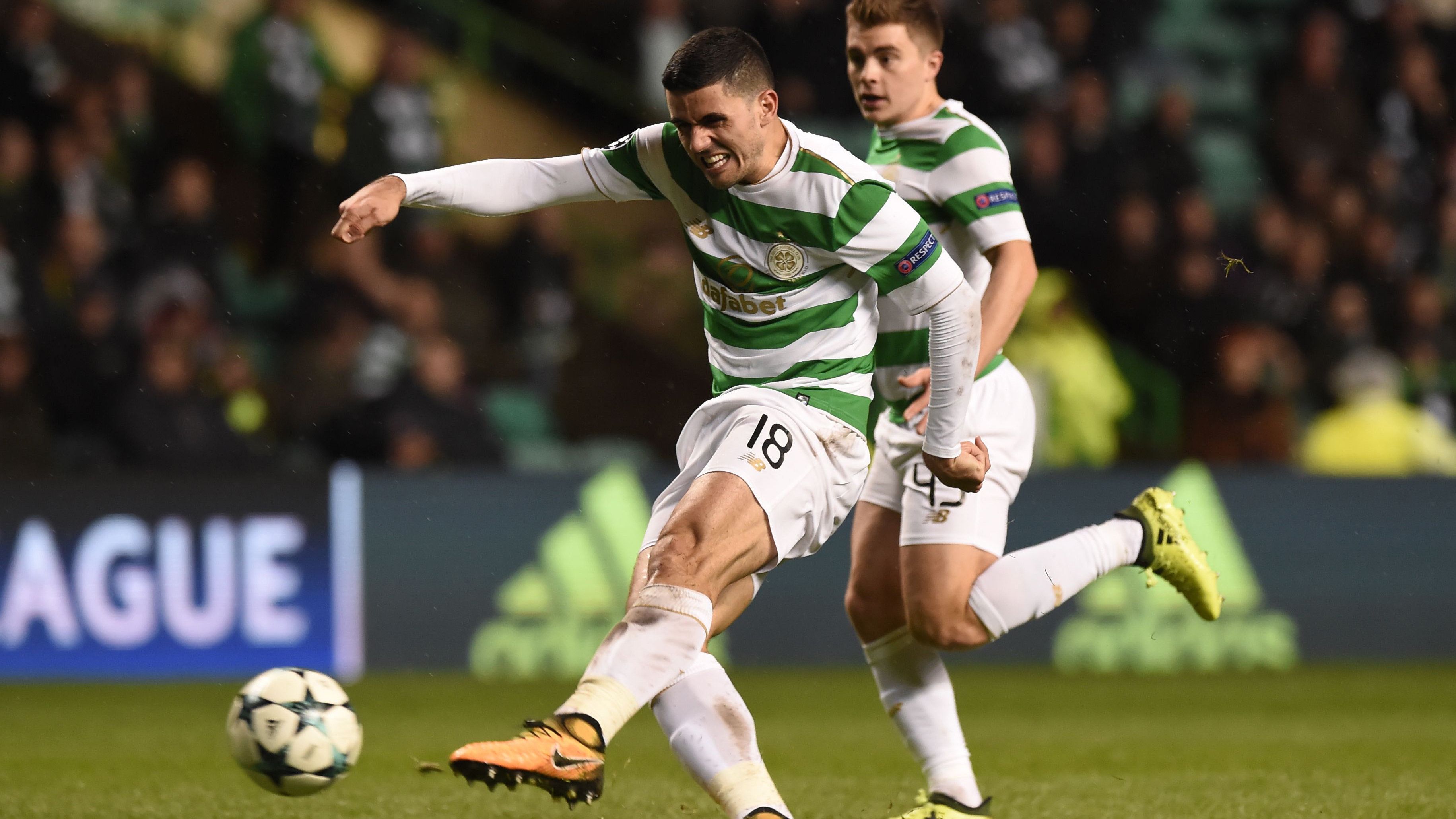 Tom Rogic Celtic PSG