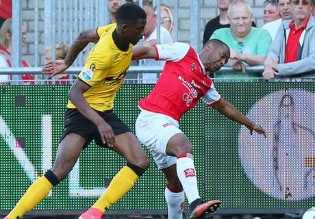 Crowd trouble halts Eredivisie game