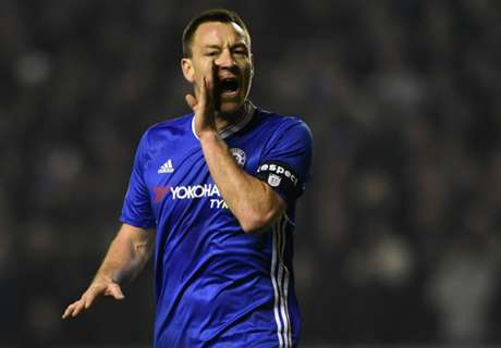 Ballack: Terry facing tough decision