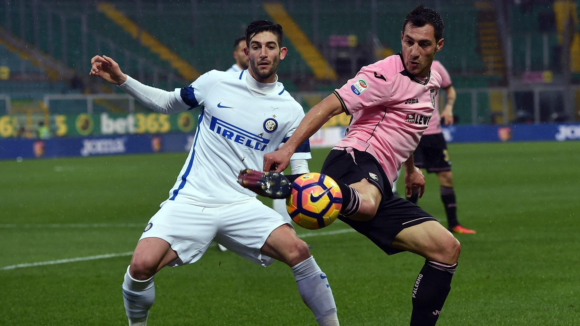 Inter, Joao Mario è carico: