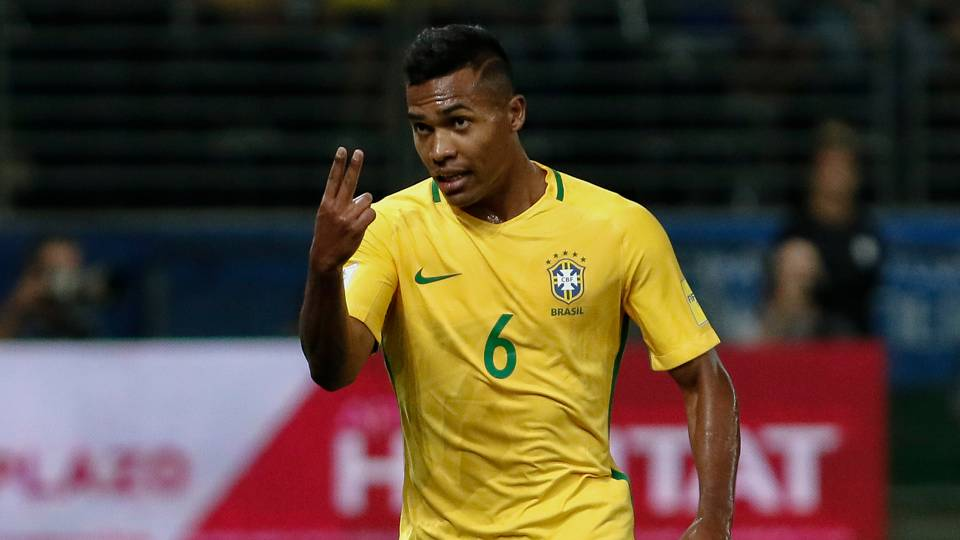 alex sandro forced to withdraw from brazil squad soccer sporting