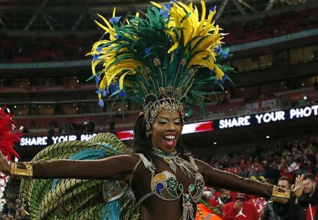 WATCH: Samba, bagpipes, shirtless Englishman and Neymar at Wembley - England 0-0 Brazil