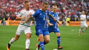 Balazs Dzsudzsak Ragnar Sigurdsson Iceland Hungary EURO 2016