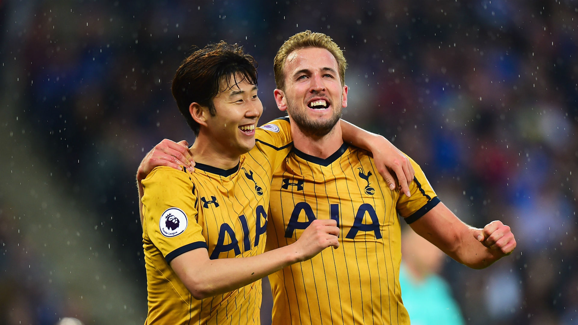 Kane nets four as Spurs rout Leicester