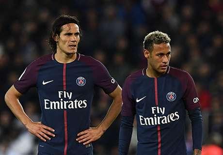 Alves invita a la conciliación a Neymar y Cavani