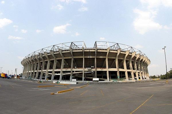 estadio azteca junta