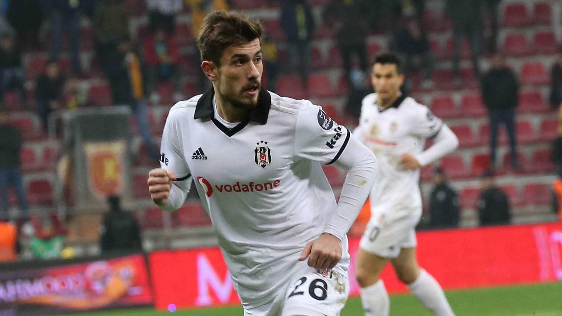 CANLI   Transfer haberleri & dedikoduları: Liverpool, Dorukhan Toköz'ü izliyor