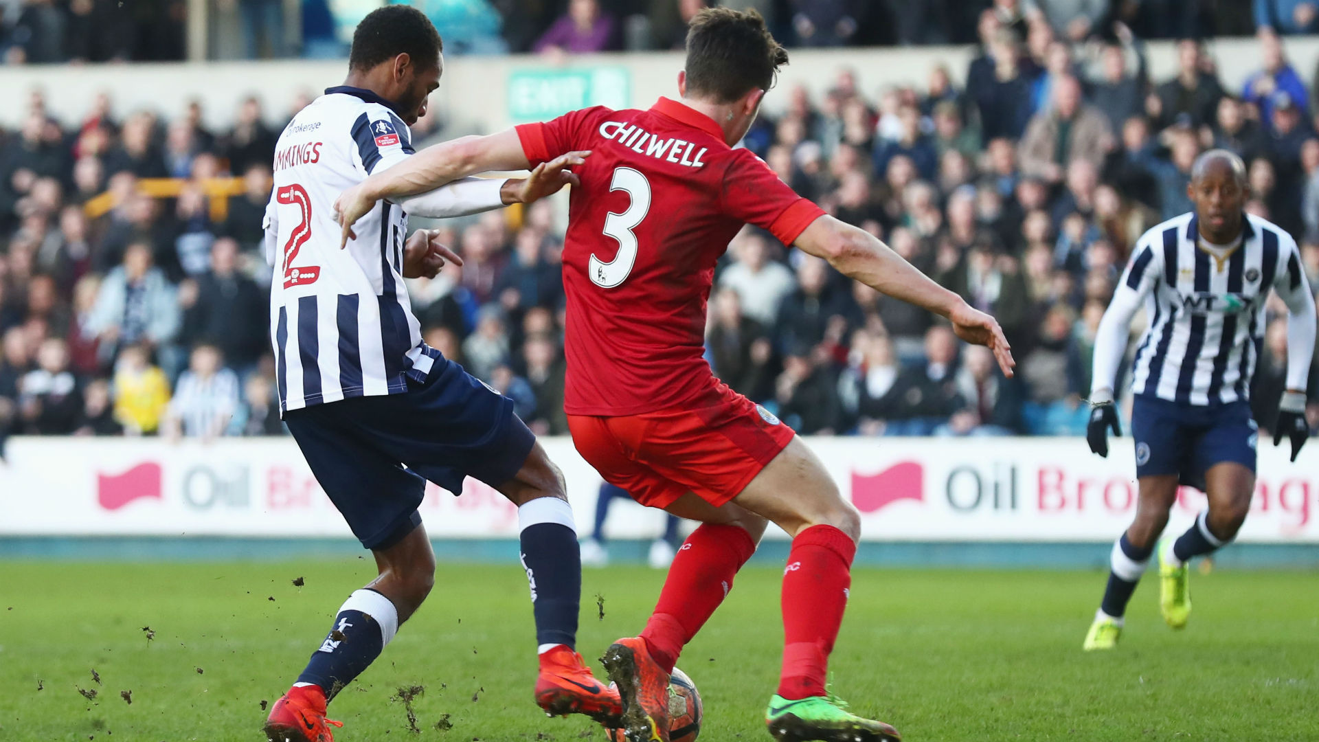 SHAUN CUMMINGS | Millwall | Màn trình diễn ấn tượng của hậu vệ 27 tuổi là một trong những lý do giúp Millwall tạo ra cú sốc trước nhà đương kim vô địch Premier League vào tối thứ Bảy.
