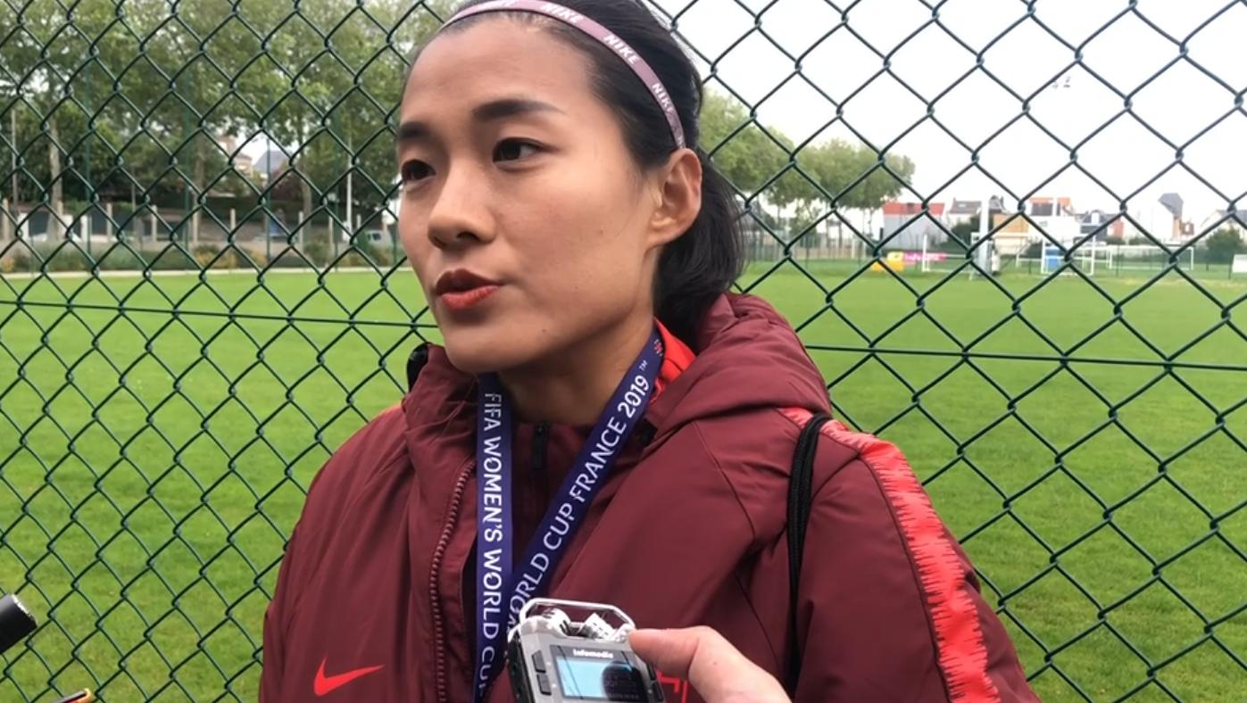 女足世界杯:备战西班牙 赛前采访中国玫瑰