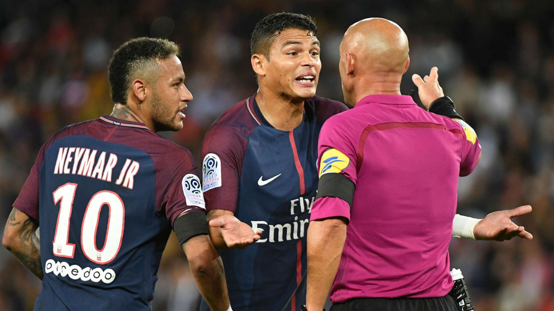 Polémica entre Neymar e Cavani quase terminou em confrontos