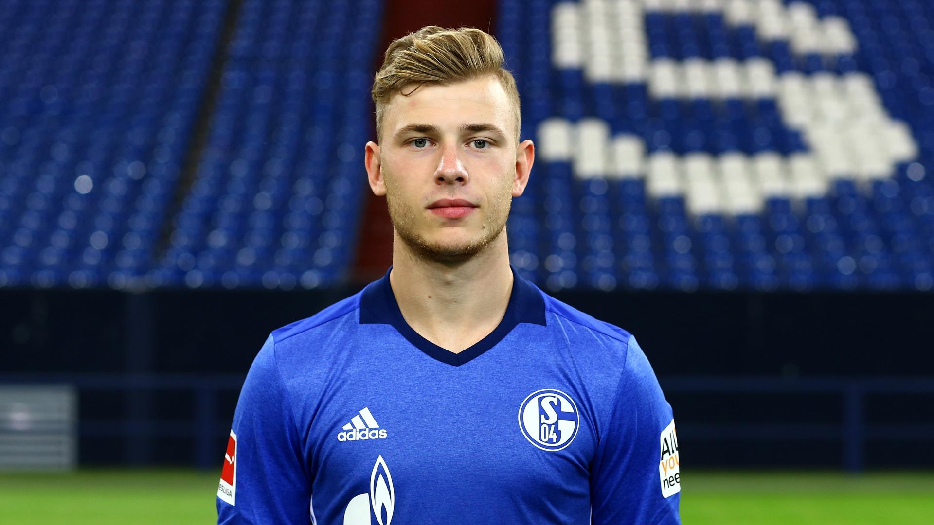 Max Meyer schließt Verbleib auf Schalke nicht aus