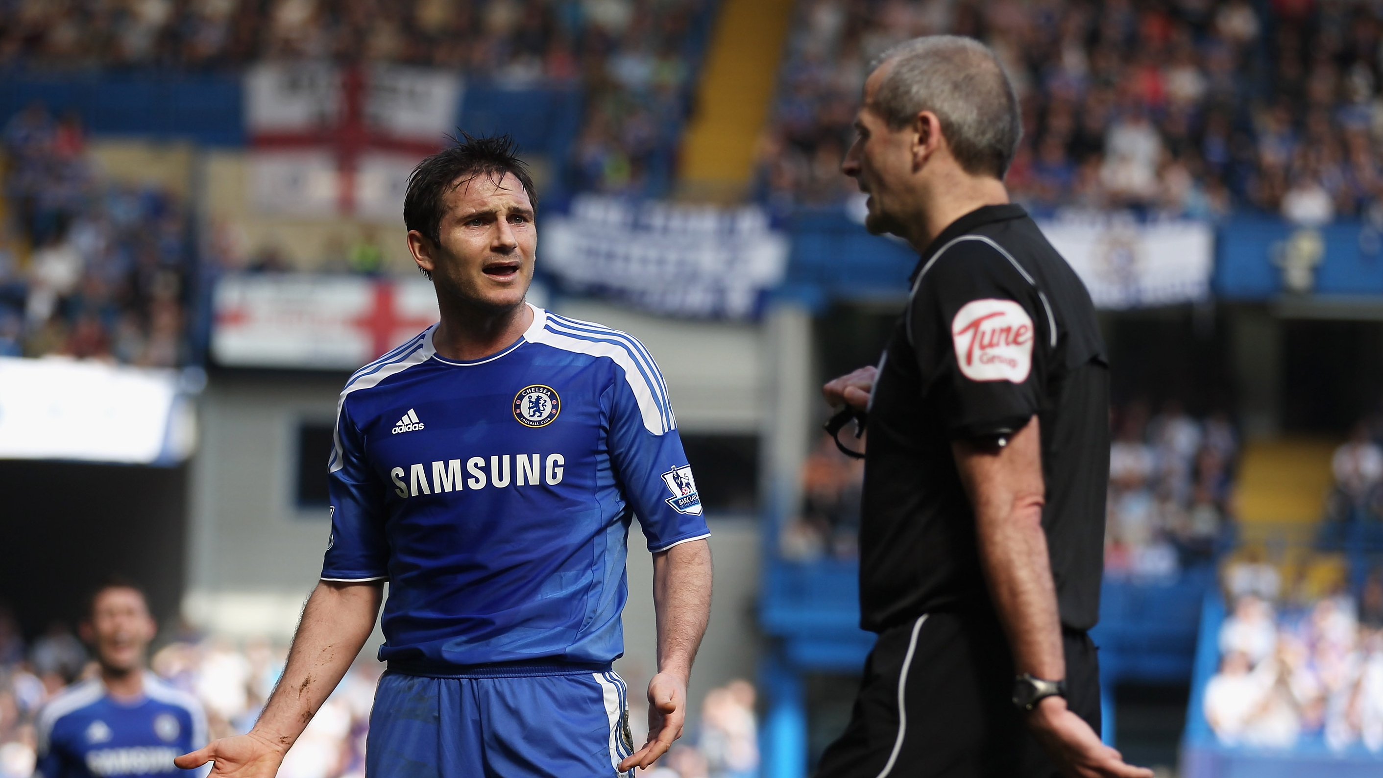 Lampard wants footballers to respect referees like rugby stars do