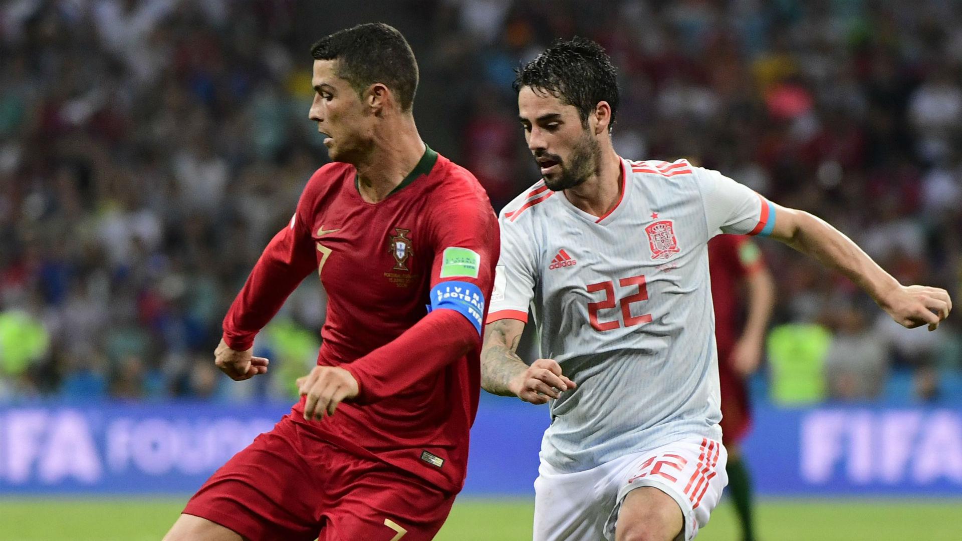 Cristiano-ronaldo-isco-portugal-spain-world-cup-2018_caefzj0h041j1hjo6fl842o02
