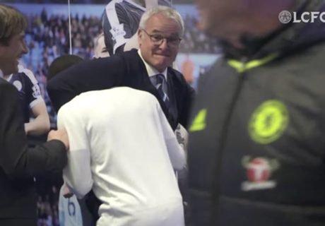 WATCH: Ranieri's Kante choke hold