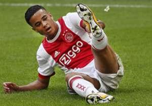 JUSTIN KLUIVERT | Verein: Ajax Amsterdam | Position: RA, LA | Alter: 18 Jahre | Wert: 6,8 Millionen Euro | Aktuelles Rating: 73 | Potenzial: 86