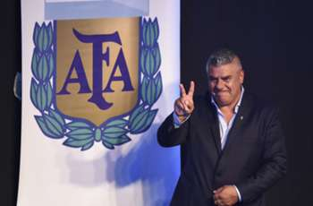 'Messi doesn't need to worry' - Claudio Tapia elected new AFA president