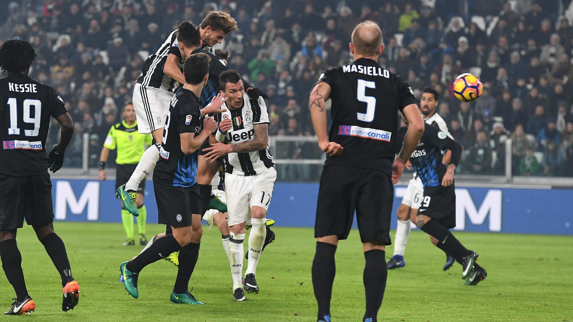 L'Atalanta travolge il Pescara 3-0 e vola agli ottavi