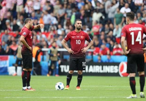 Türkiye, Euro 2016'ya tatsız başladı: 0-1