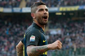Sevilla confirm agreement to re-sign Banega from Inter