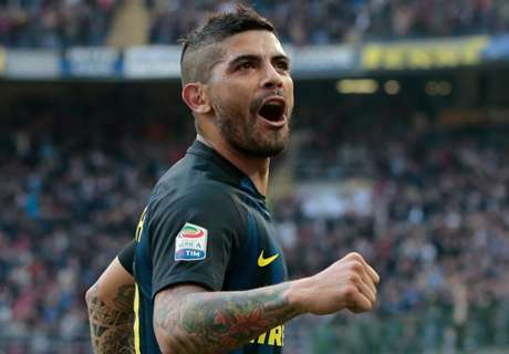Sevilla confirm Banega agreement