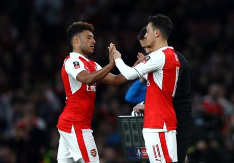 Man Utd monitoring Ox and Ozil