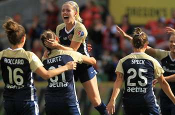 North Carolina Courage claim NWSL title with 3-0 win over Portland Thorns