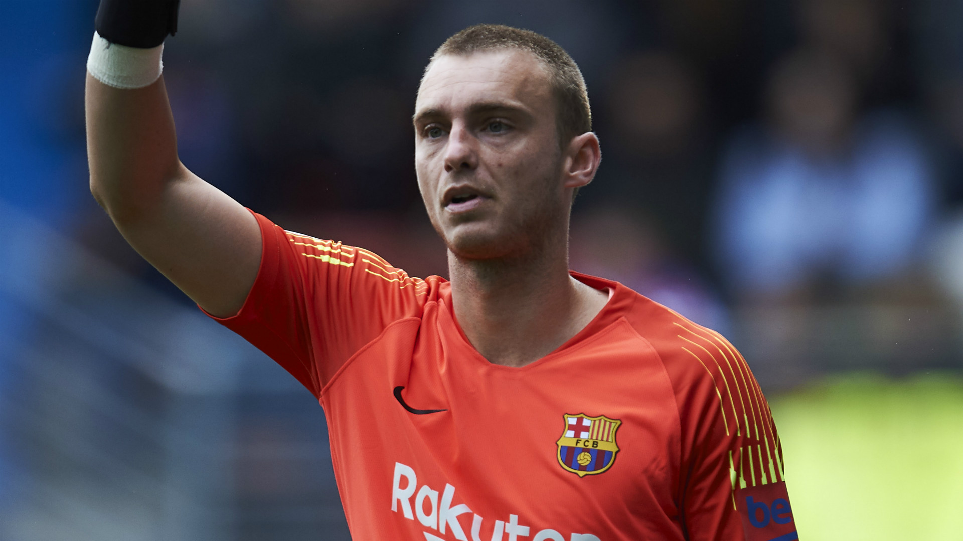 Barcelona holding out for €25m as Cillessen agrees Benfica move