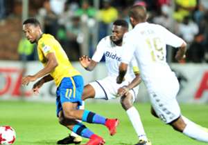 Sibusiso Vilakazi returned to the Bidvest Stadium to face his former club, and it was rather a difficult return for him as Bidvest Wits hardly gave him the breathing space.