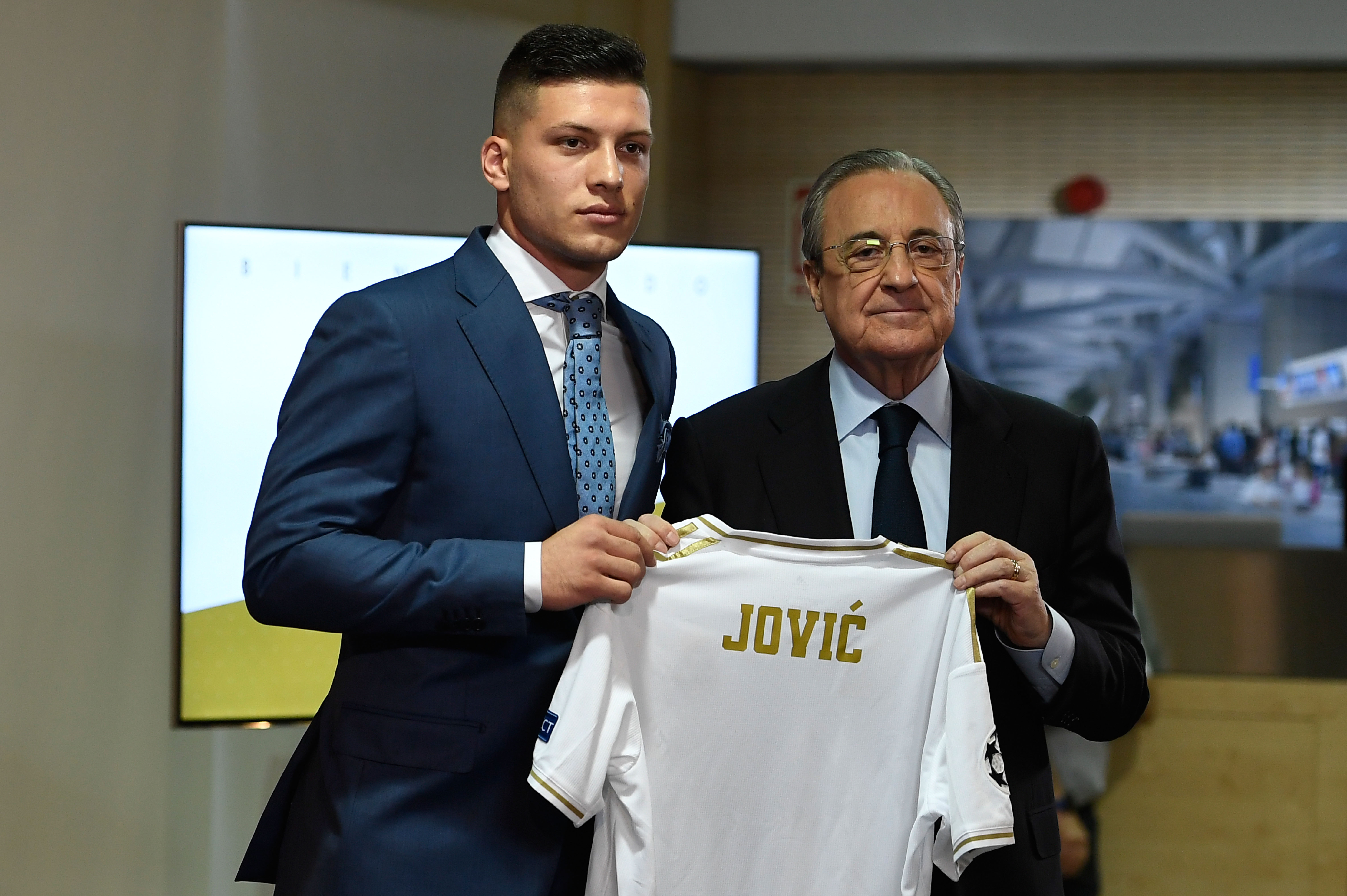 """Real Madrid, les premiers mots de Jovic : """"Je suis sûr d'avoir fait le meilleur choix"""""""