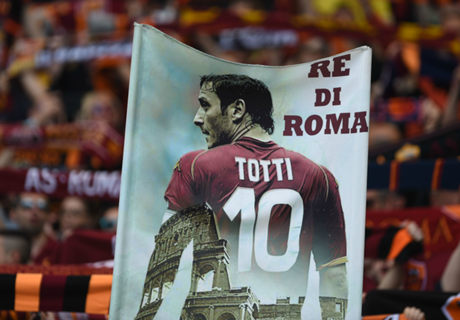 Totti city: striscione anti-Spalletti