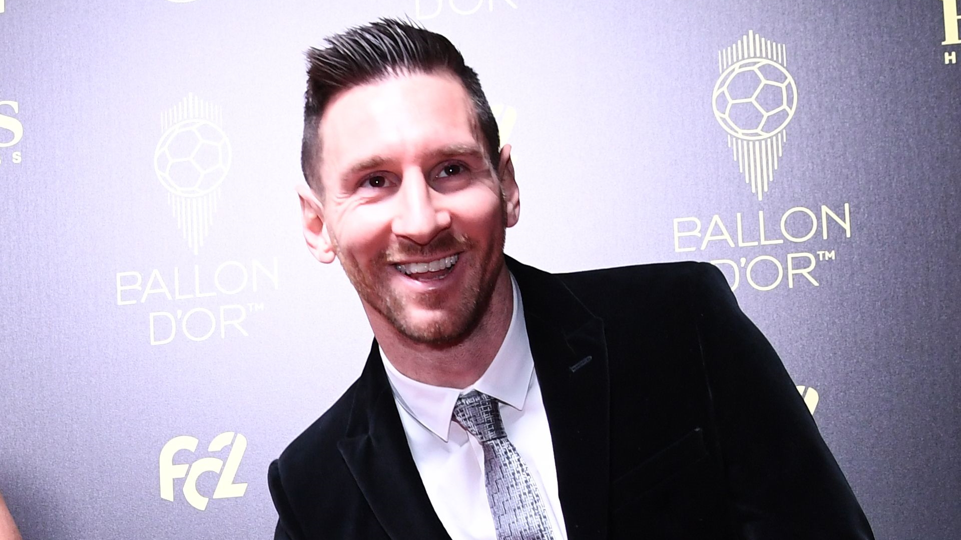 Video: Someone will beat my Ballon d'Or record - Messi