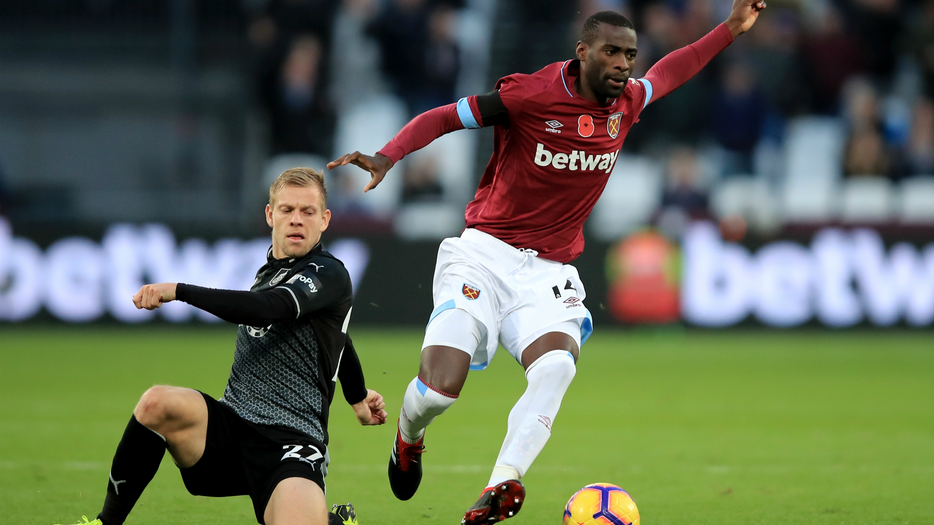 West Ham boss Pellegrini confirms Obiang's imminent move to Italy
